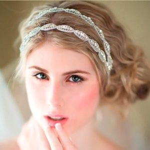 Accessories - Beautiful crystal diamond beaded bridal headband